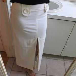 Body by victoria size 2 white skirt